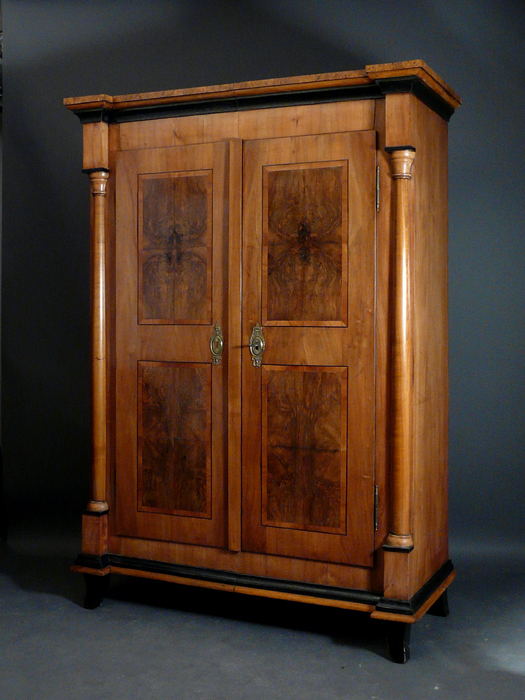 biedermeierm bel schr nke antiquit ten am alten hof m nchen. Black Bedroom Furniture Sets. Home Design Ideas